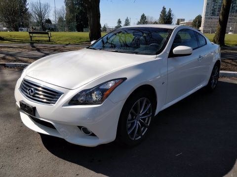 Pre-Owned 2015 INFINITI Q60 Coupe Sport